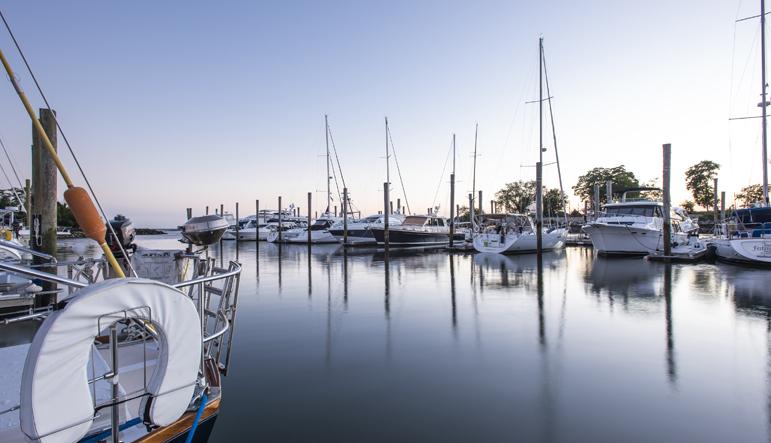 boat parkinglot shippan landing